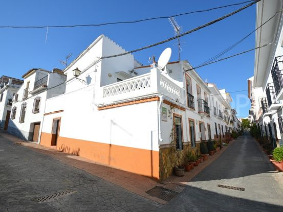 Buy Guaro 3 bedrooms town house   Your Property in Spain