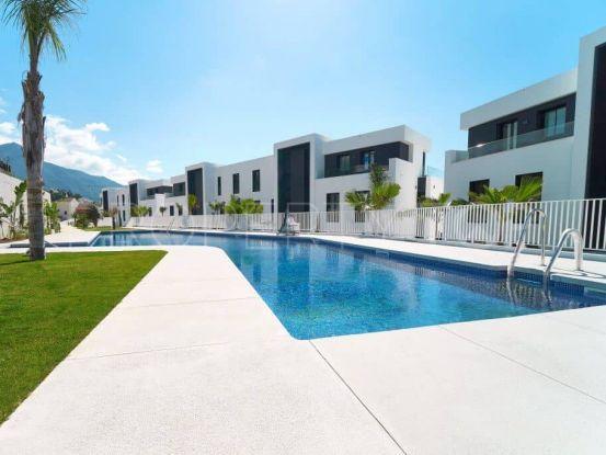 For sale Nueva Andalucia 3 bedrooms apartment   Quartiers Estates