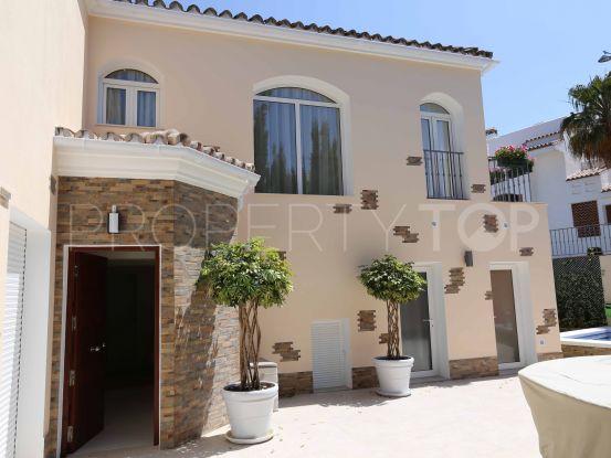 For sale villa in Cortijo Blanco | Quartiers Estates