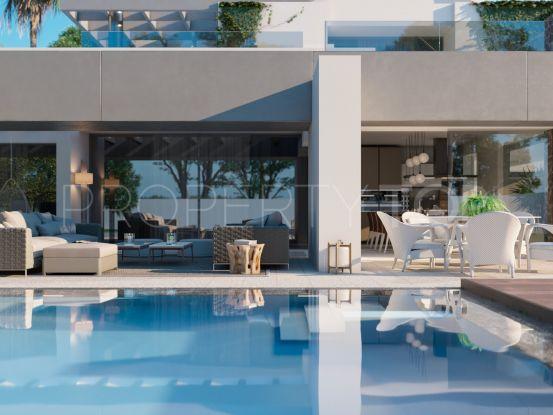 Buy villa in El Paraiso, Estepona | Quartiers Estates