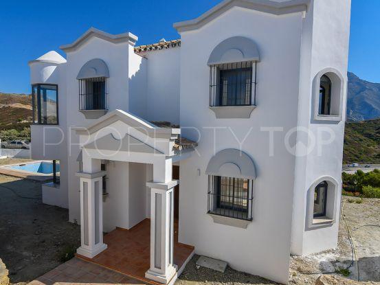 Buy villa with 3 bedrooms in Nueva Andalucia, Marbella | Quartiers Estates