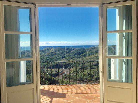 Monte Mayor town house for sale | Quartiers Estates