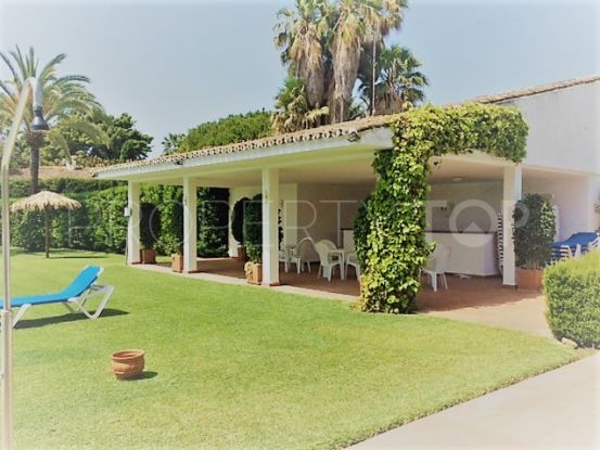 For sale villa with 5 bedrooms in Guadalmina Baja, San Pedro de Alcantara | Quorum Estates