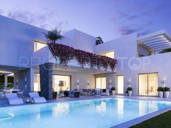 Villa en venta en New Golden Mile | Cloud Nine Prestige
