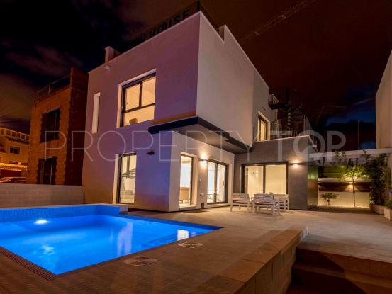 Villa in Villamartin with 3 bedrooms | Cloud Nine Prestige