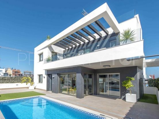 3 bedrooms villa in Villamartin | Cloud Nine Prestige