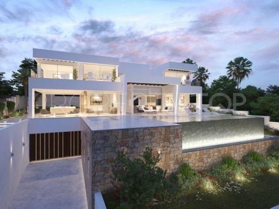 Villa for sale in Casares Playa with 4 bedrooms | Cloud Nine Prestige