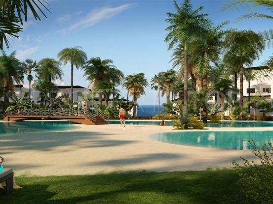 Apartment for sale in Estepona with 4 bedrooms | Cloud Nine Prestige