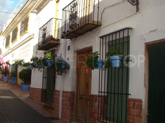 4 bedrooms town house in Estepona | Campomar Real Estate