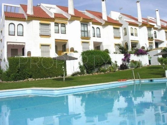 Town house with 5 bedrooms in Seghers, Estepona | Campomar Real Estate