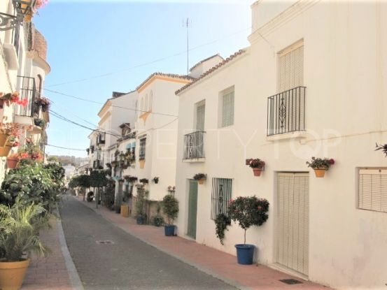 Semi detached house in Estepona Centro | Campomar Real Estate