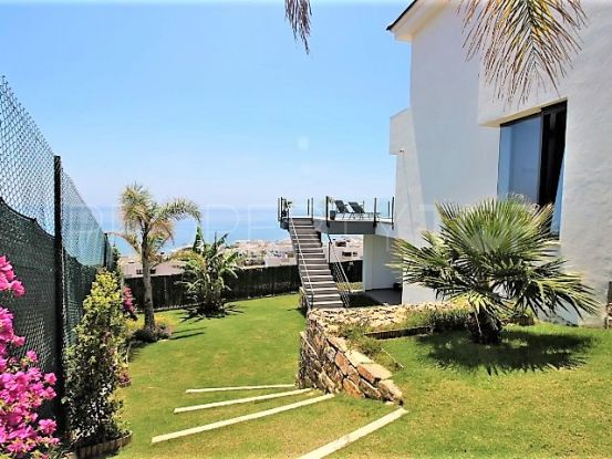 Villa with 4 bedrooms in Casares Playa | Campomar Real Estate