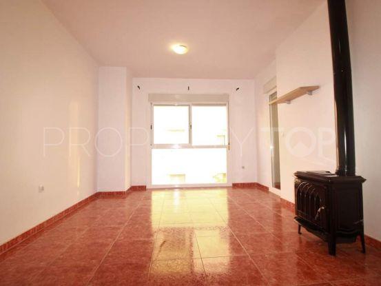 Buy Estepona Centro apartment | Campomar Real Estate