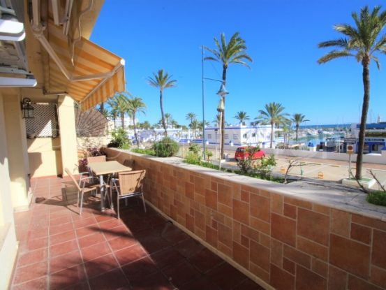 Buy apartment in Estepona Puerto with 2 bedrooms | Campomar Real Estate