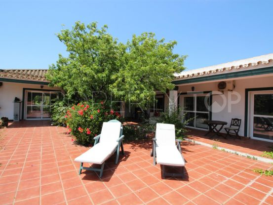 Country house with 4 bedrooms in Manilva | Campomar Real Estate