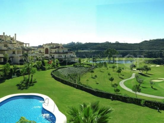 Apartamento en venta de 3 dormitorios en Los Capanes del Golf, Benahavis | MPDunne - Hamptons International