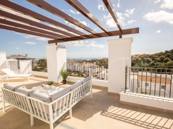 For sale penthouse in Elviria with 3 bedrooms | Pure Living Properties