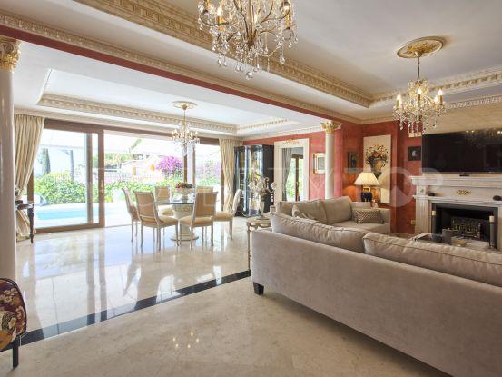 Buy villa with 4 bedrooms in Rocio de Nagüeles, Marbella Golden Mile | Pure Living Properties