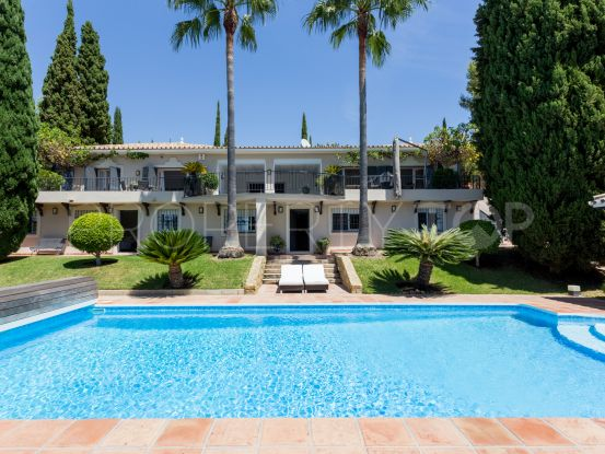 Puerto del Almendro 5 bedrooms villa for sale | Pure Living Properties
