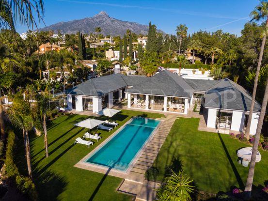 Buy Las Brisas villa with 6 bedrooms   Pure Living Properties