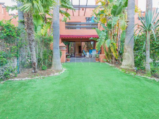For sale 3 bedrooms town house in Altos de Puente Romano, Marbella Golden Mile   Pure Living Properties