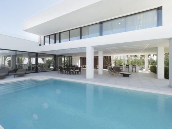 Villa con 5 dormitorios en venta en La Alqueria, Benahavis | Pure Living Properties