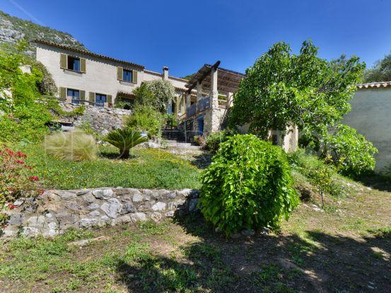 Buy El Bosque country house with 4 bedrooms | Villas & Fincas