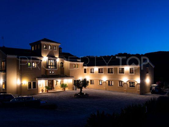 Cortijo with 12 bedrooms for sale in Casares | Villas & Fincas
