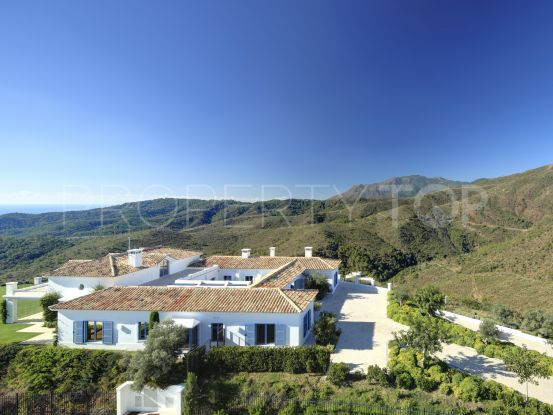 Benahavis 5 bedrooms cortijo for sale | Villas & Fincas