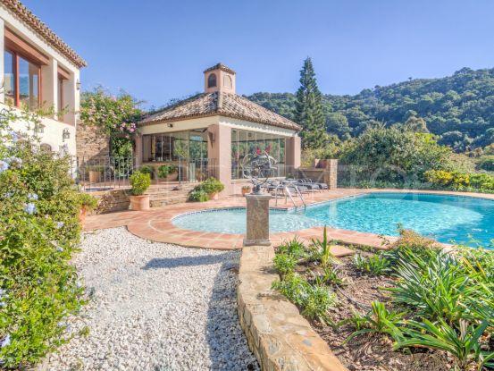Casares 3 bedrooms country house   Villas & Fincas