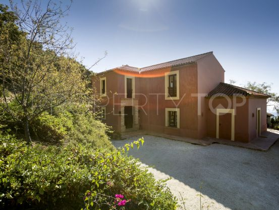 For sale Gaucin country house with 4 bedrooms | Villas & Fincas