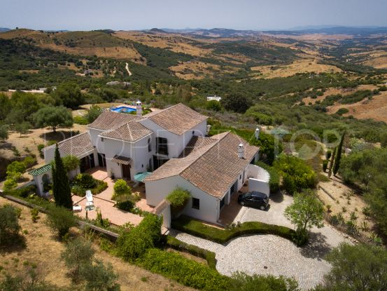 Buy country house in Gaucin with 5 bedrooms | Villas & Fincas