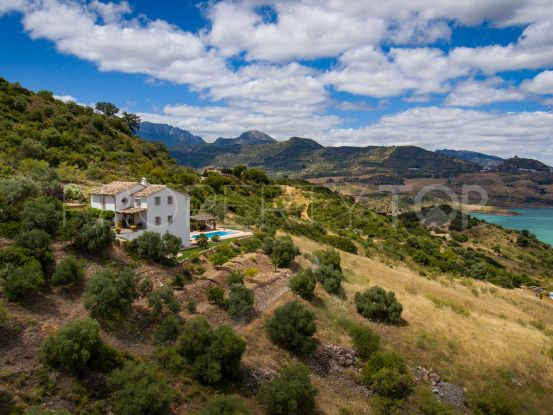 For sale Ronda country house with 3 bedrooms | Villas & Fincas
