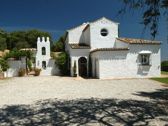 Buy country house in Gaucin with 4 bedrooms | Villas & Fincas
