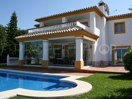 Villa for sale in Sitio de Calahonda with 4 bedrooms | Hansa Realty