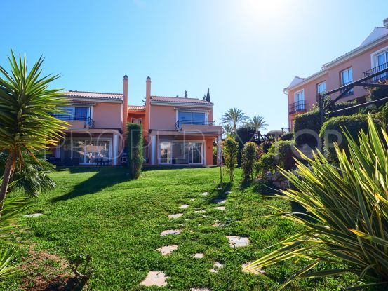 Town house for sale in Benahavis with 3 bedrooms | Hansa Realty