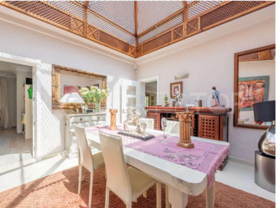 Bungalow for sale in Centro Plaza, Nueva Andalucia | Hansa Realty