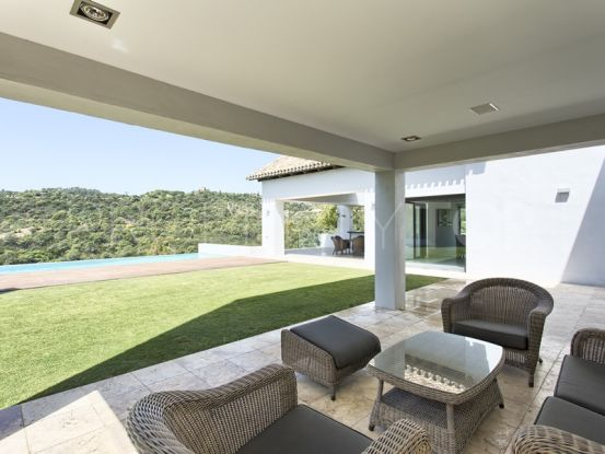 Los Arqueros villa with 6 bedrooms | Hansa Realty