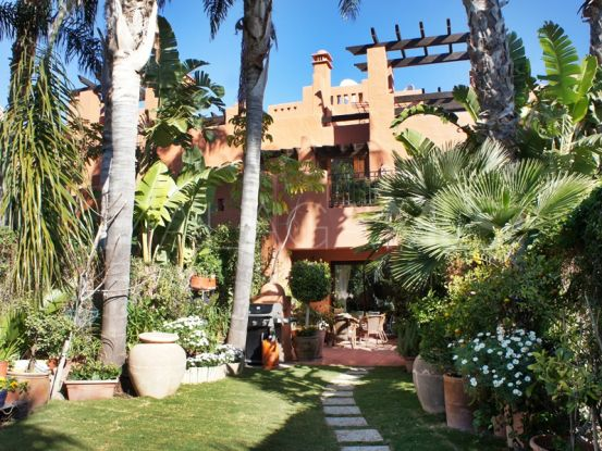 Buy town house in Marbella Golden Mile with 3 bedrooms | Hansa Realty