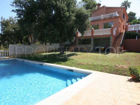 For sale villa with 5 bedrooms in Elviria, Marbella East | Hansa Realty