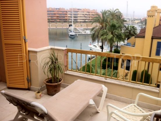 Apartment for sale in Sotogrande Puerto Deportivo with 2 bedrooms | Hansa Realty