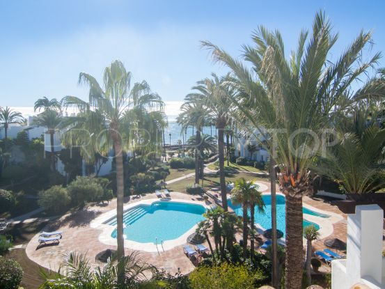 Duplex penthouse in Alcazaba Beach with 3 bedrooms | Inmo Andalucía
