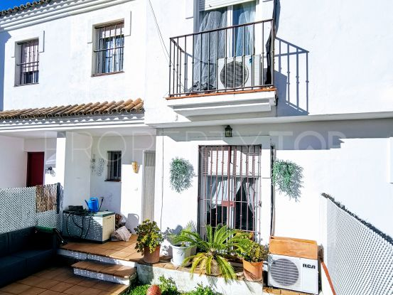 For sale town house in Pueblo Nuevo de Guadiaro   Hamilton Homes Spain