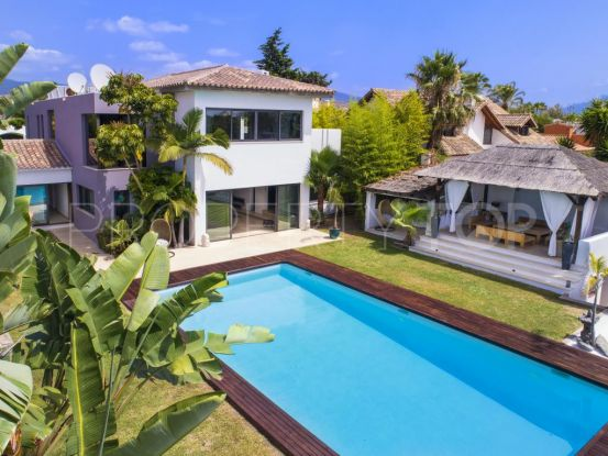 Villa for sale in New Golden Mile with 6 bedrooms | Andalucía Development