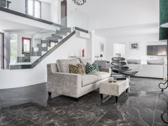 Buy villa in Marbella Hill Club with 6 bedrooms | Andalucía Development