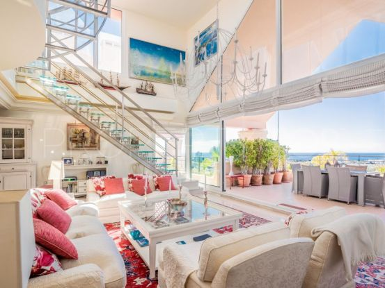 Magna Marbella duplex penthouse with 3 bedrooms | Andalucía Development