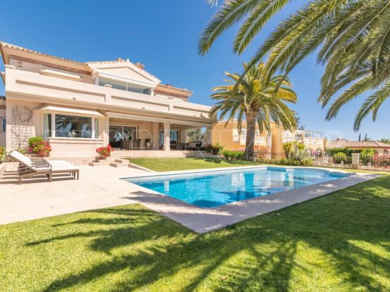 Buy Los Naranjos Golf villa | Andalucía Development