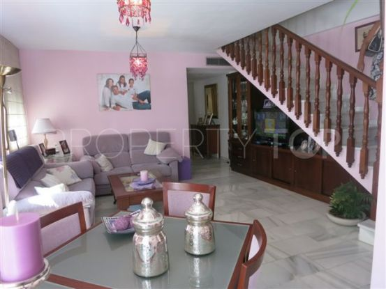 Penthouse for sale in Marbella Centro with 4 bedrooms | Nevado Realty Marbella