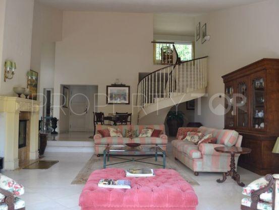For sale Rio Real villa with 6 bedrooms | Nevado Realty Marbella