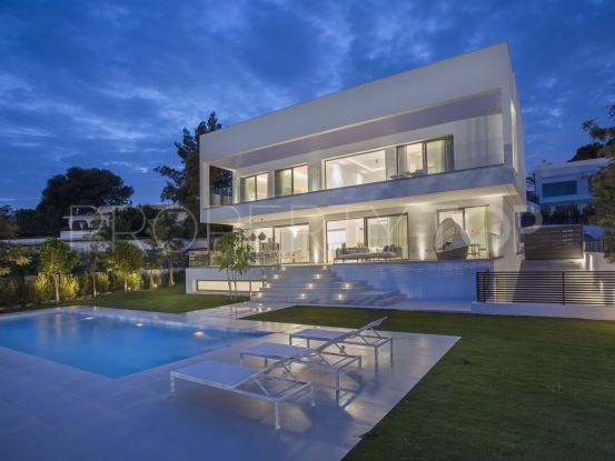 Villa in Loma de Casasola with 4 bedrooms | Nevado Realty Marbella
